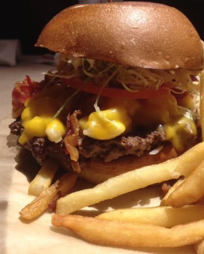 Bacon and Mac Burger