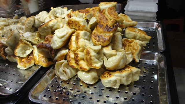 Potstickers at Dongmen Market